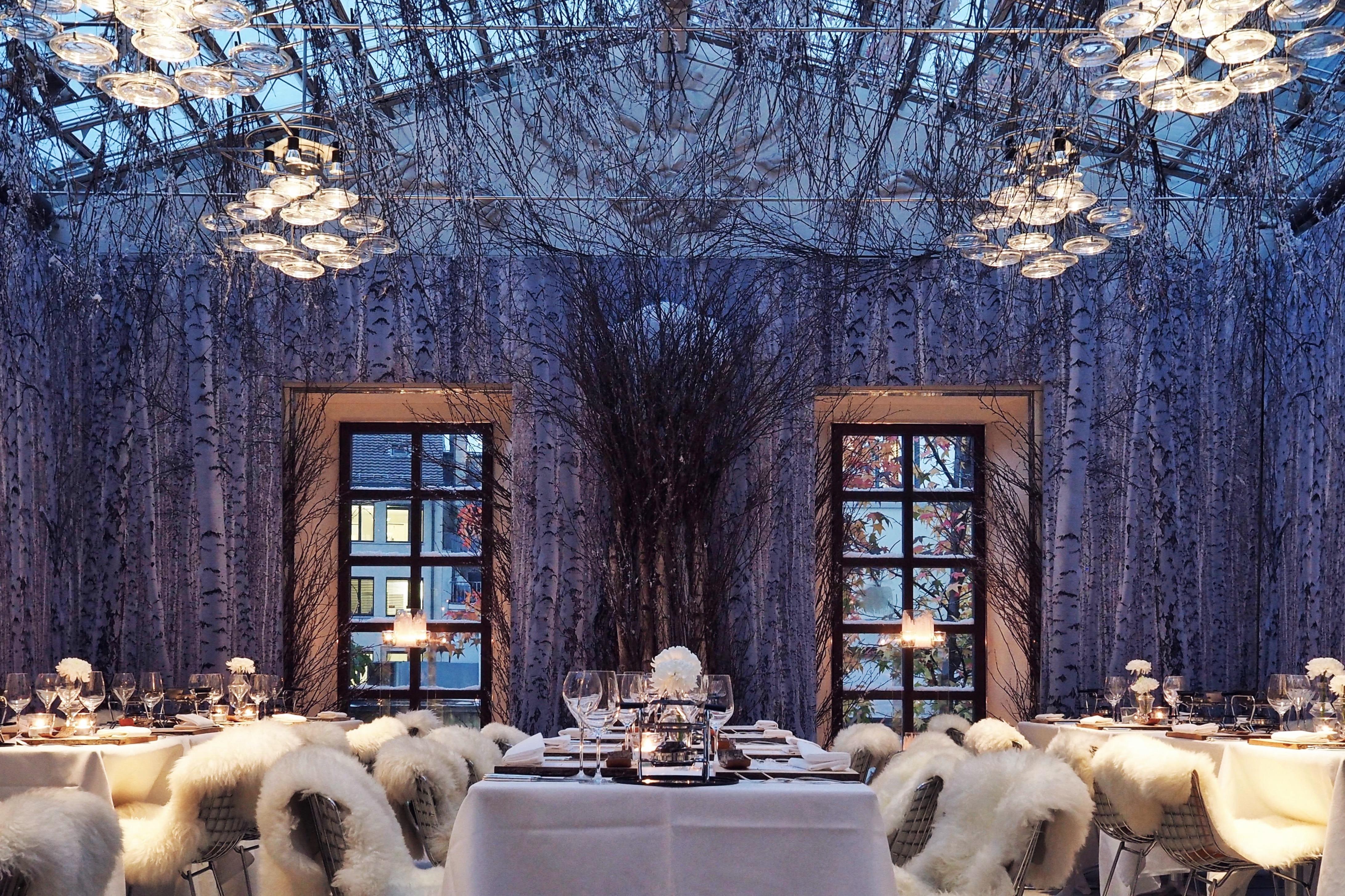 Raclette champagne ruinart und alpine chic im widder hotel for Design hotel franken